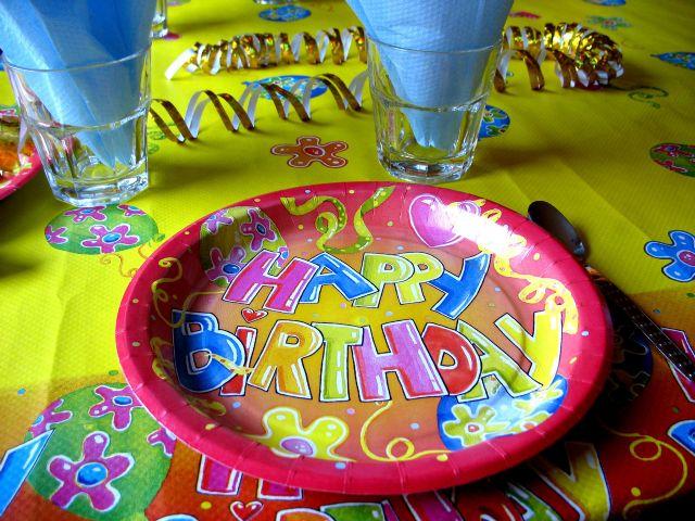 מעצבים הזמנה מיוחדת ליום ההולדת