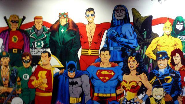 מי יותר חזק? ספיידרמן או סופרמן?