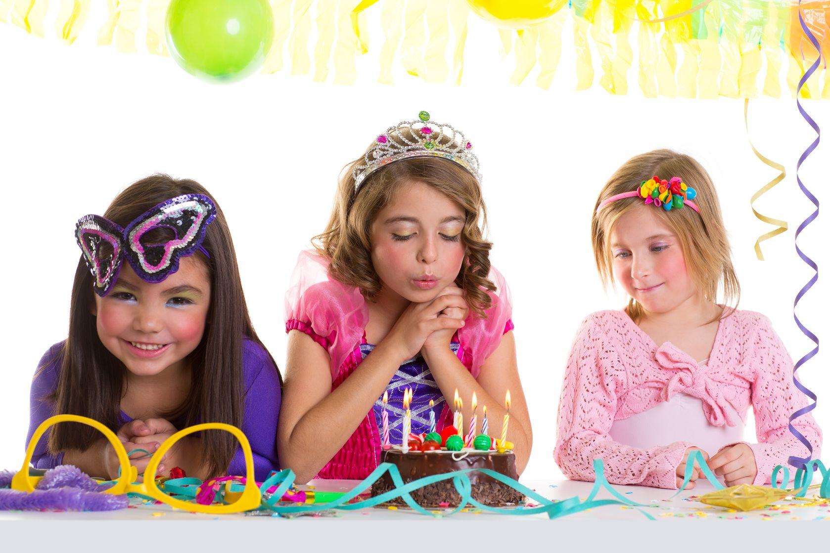 להפיק את מסיבת יום ההולדת המושלמת: כל הטיפים