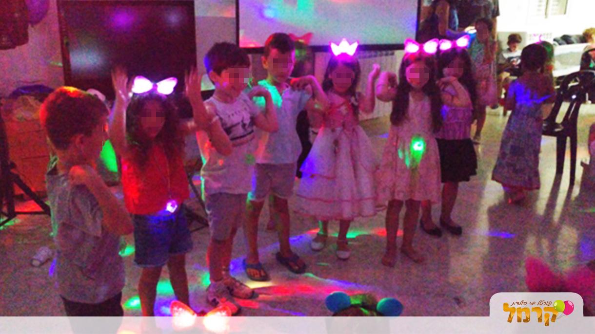 מסיבת ריקודים וזוהרים מטורפת - 073-7027203