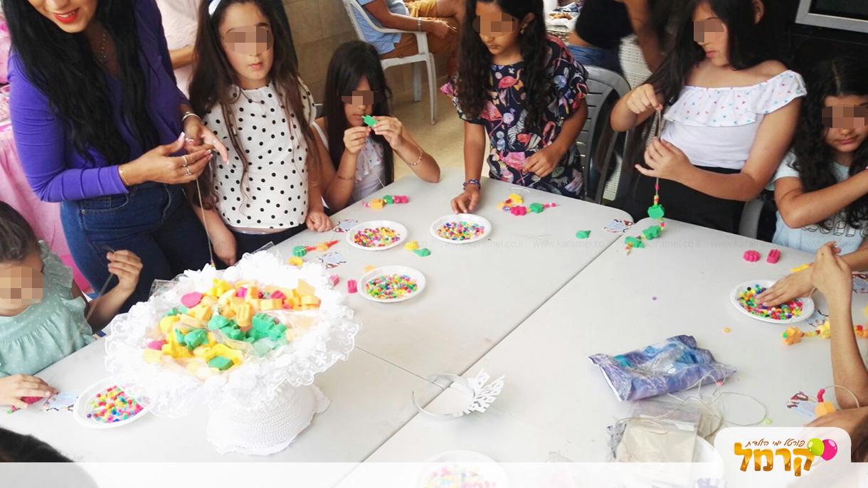 חגיגה של סבונים צבעוניים - 073-7588788