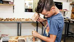ילדים יוצרים - אומנות בעור