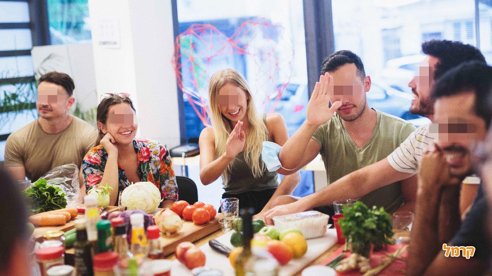 פוד גיימס - משחק בישול משעשע - 073-7609481