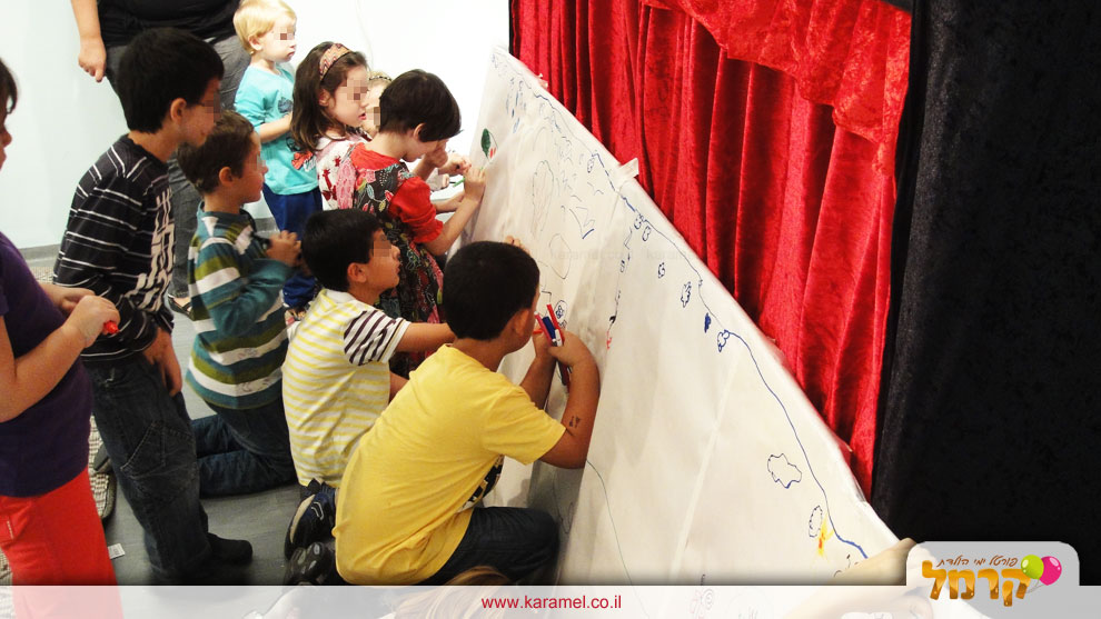 באמבולה תיאטרון בובות לילדים - 073-7828079