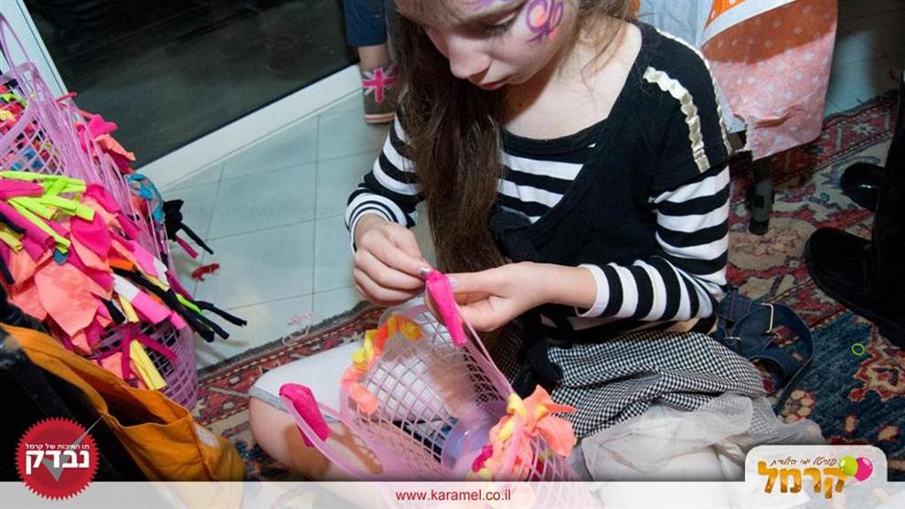 נמשים צעירות מעצבות - 073-7581914