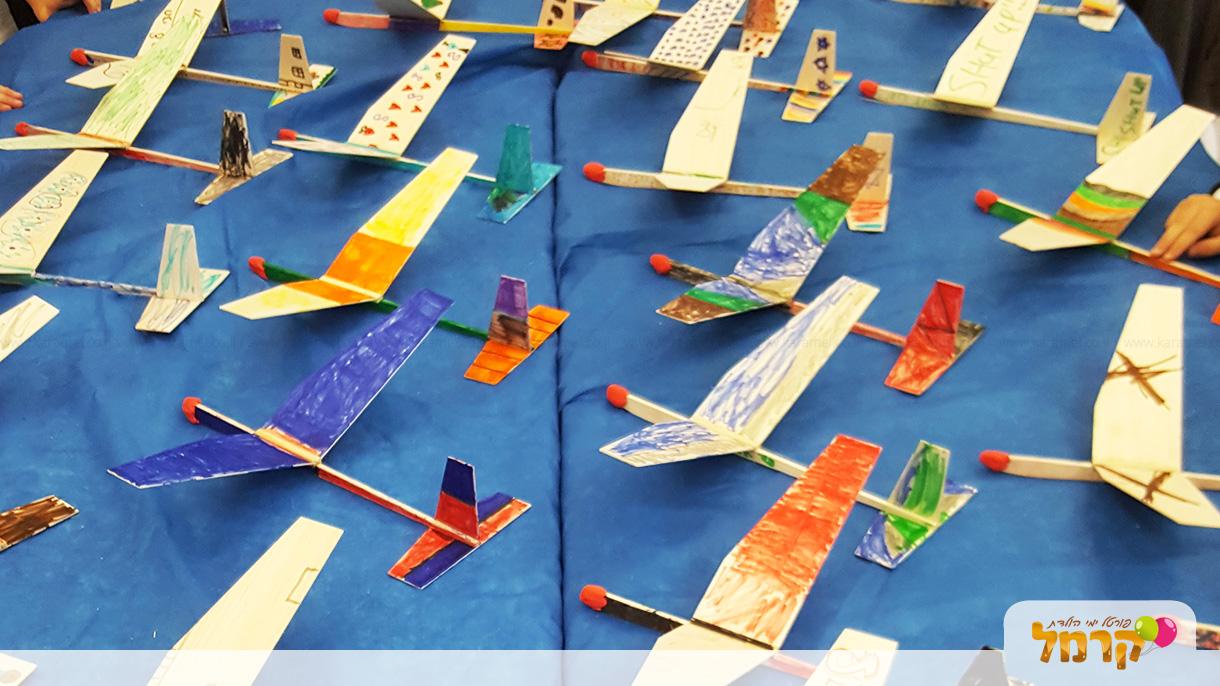 ירון אווירון - הפעלת טיסנים - 073-7581902